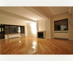 E31 Street/Madison Ave...1800 SF..STEPS FROM EMPIRE ESTATE BUILDING/3BR,3BATH..DOORMAN BLDG