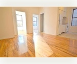 A must see!!!  Beautiful Studio at the heart of Times Square. Close to Subway, Theater District, and Lots of Shopping!! Won&#39;t last. Available immediately. Call Now!!