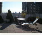 RENOVATED JR 1 BEDROOM- ROOF DECK,DOORMAN+MUCH MORE!